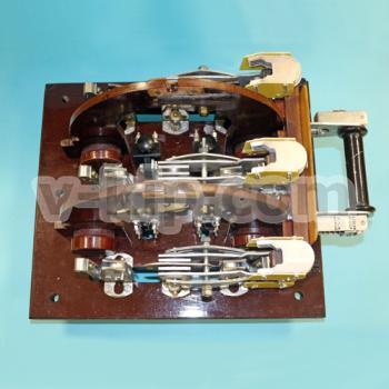 Переключатель с дугогасительными контактами П1116 - вид сверху